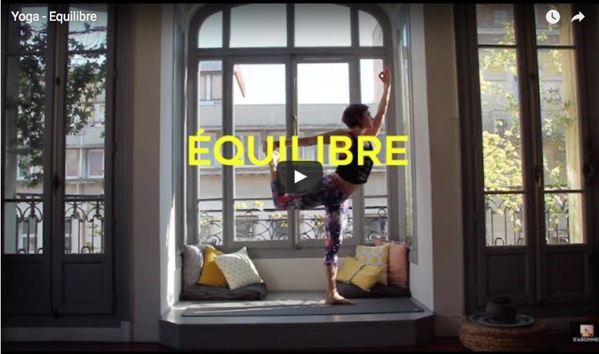 video yoga equilibre